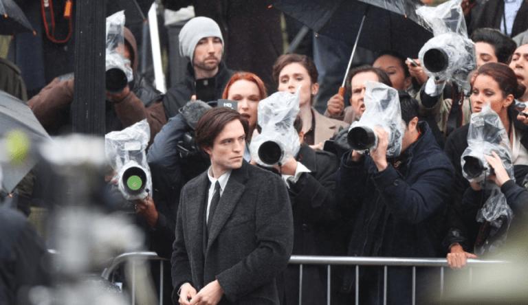 Robert-Pattinson-set-de-The-Batman-1-768x444