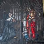Beata Petra rezando a Jesús detenido.
