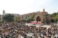 Explanada llena de devotos el dia de San José