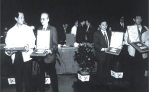 Писатели на церемонии вручения