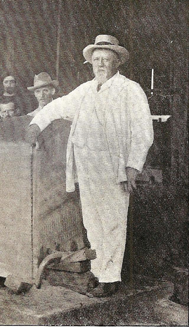 Foto: Coronel Schmidt em 1911 (Revista Brazil Magazine)