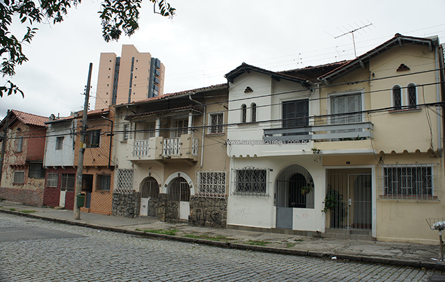 Casario da rua Raul Pompeia (clique na foto para ampliar).