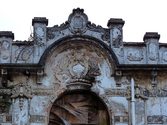 A fachada em 2009 (clique para ampliar)