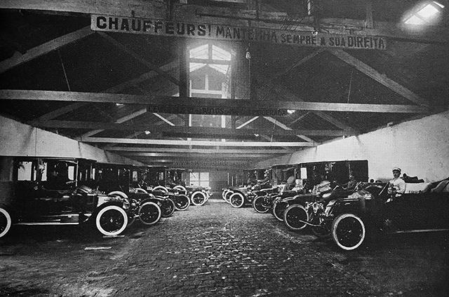 Garagem da Casa Rodovalho (clique para ampliar)