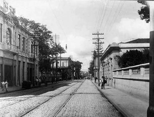 Vista parcial da rua no já distante ano de 1914