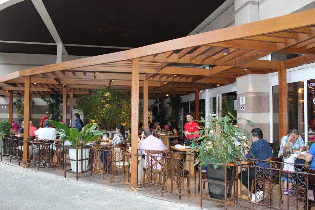 Cruzeiro´s  inaugura deck bar