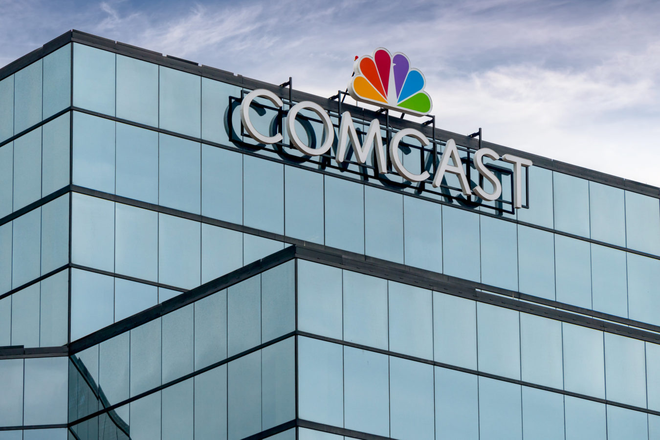 A watch glass is a piece of glass that has a slight concave design. Comcast Sky lancia la TV in streaming Sky Glass - Sapere Today