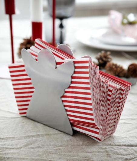 navidad-ikea-2012-el-catalogo-mas-fotos-mesa-L-PhK4pZ