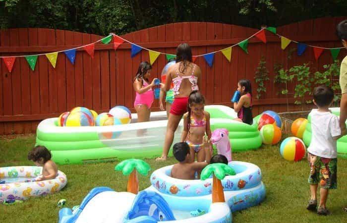 fiesta en la piscina hinchables