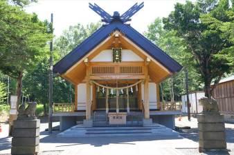 石山神社 本殿
