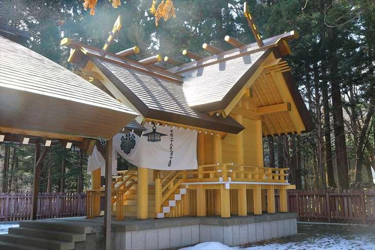 開拓神社 本殿