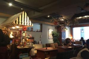 ワールドブックカフェ店内