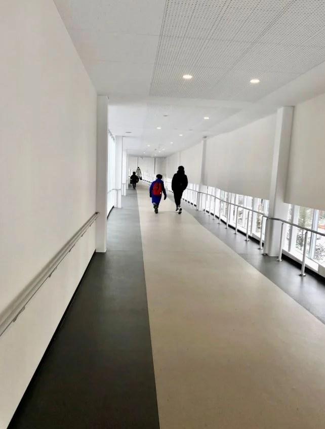 苗穂駅から空中歩廊