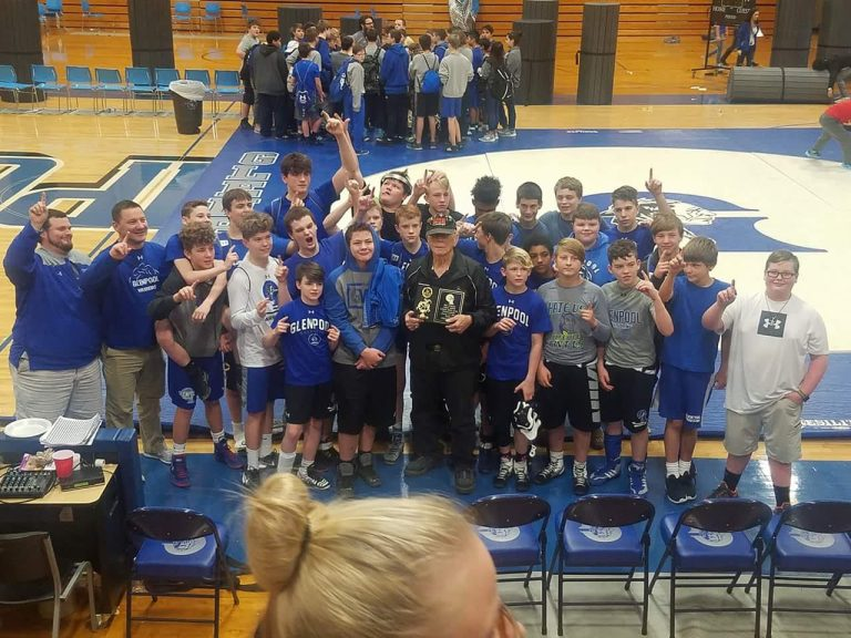 Glenpool Middle Schoolers dominate at the LeRoy Smith Dual Wrestling Tournament