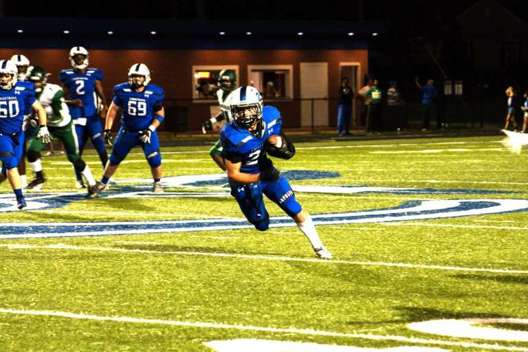 """""""The kick is blocked! Sapulpa wins!"""" Chieftains beat Muskogee Roughers in a homecoming game of epic proportions"""