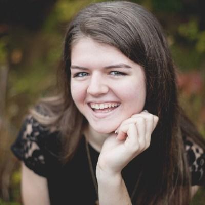 Megan | Rockford, Illinois Senior Portrait Photographer