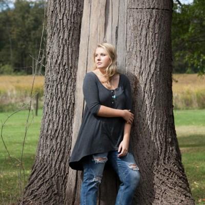 Avery | Rockford, Illinois Senior Portrait Photographer