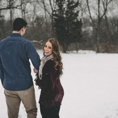 Downtown Long Grove, Illinois winter engagement session by Sara Anne Johnson