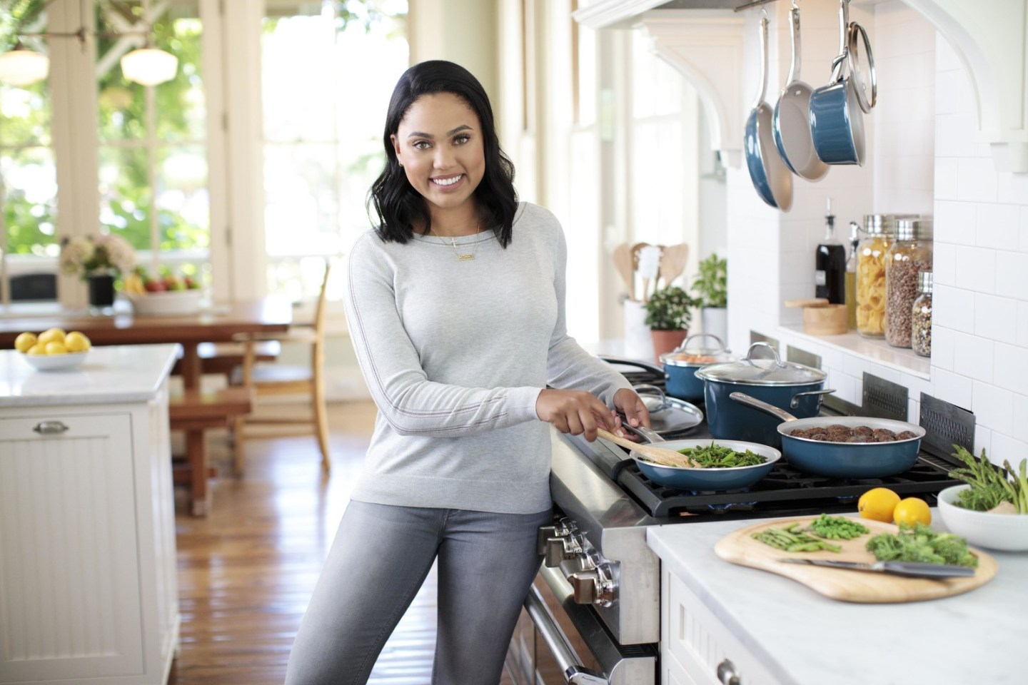 Ayesha Curry Gets Kitchenware Brand | sarafinasaid