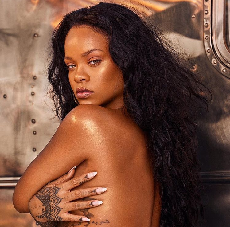 Rihanna Previews Fenty Beauty Beach Collection #BEACHPLEASE