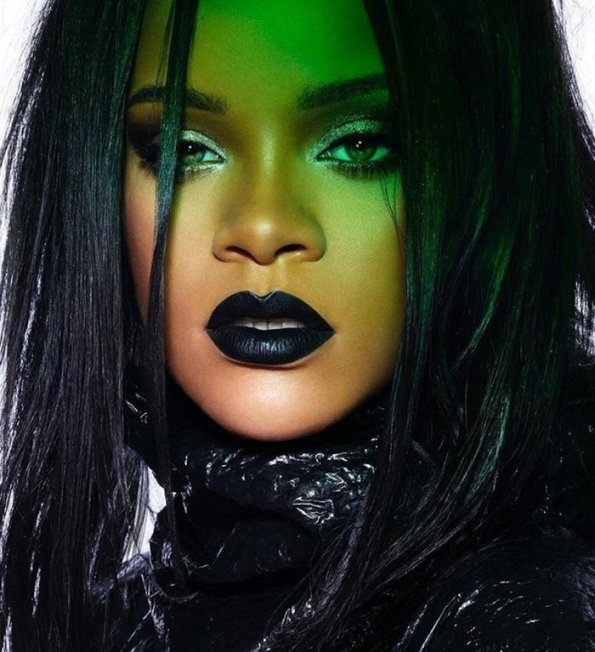 RIHANNA-STUNNA-LIP-PAINT