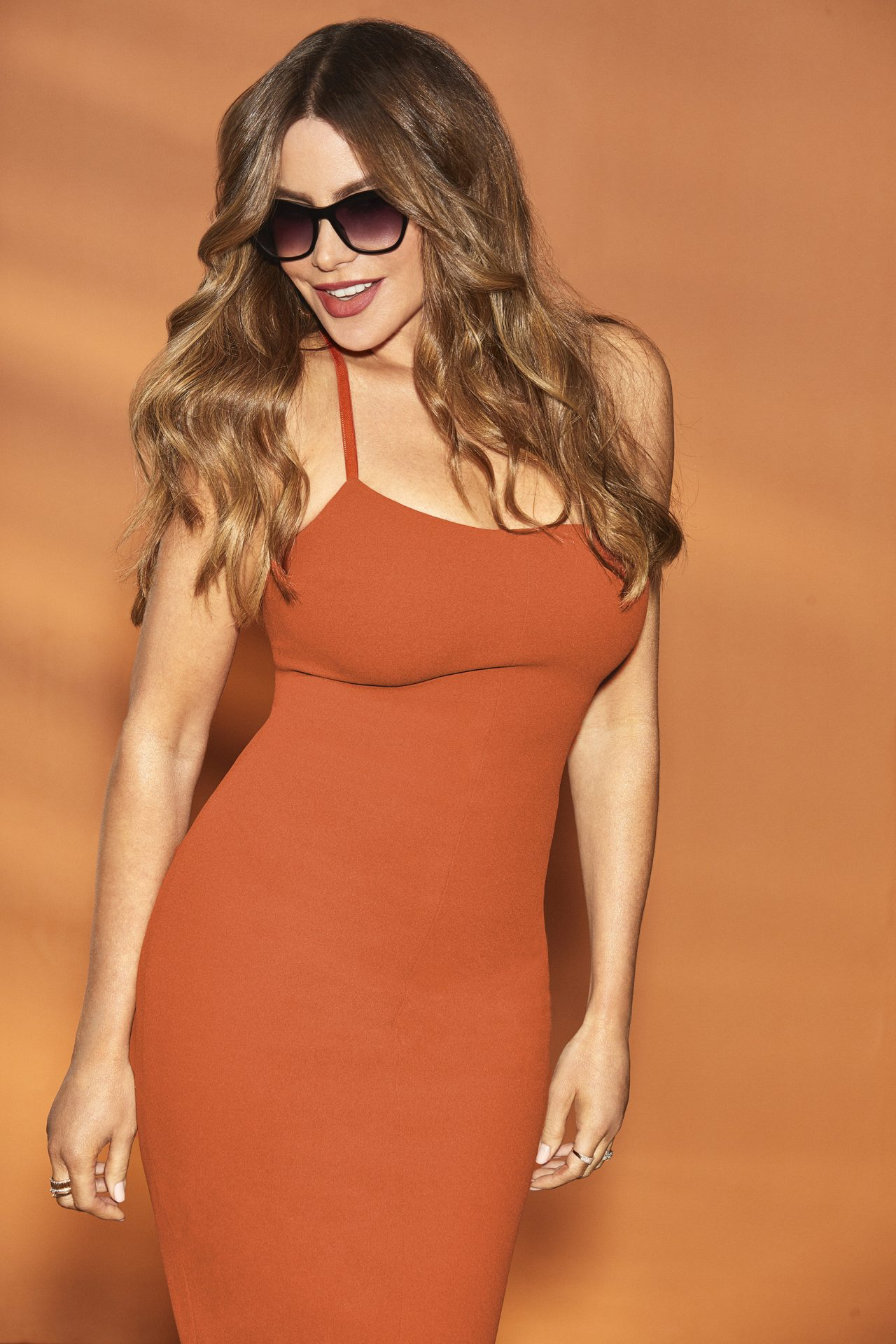 Sofia Vergara x Foster Grant New Eyewear Collection