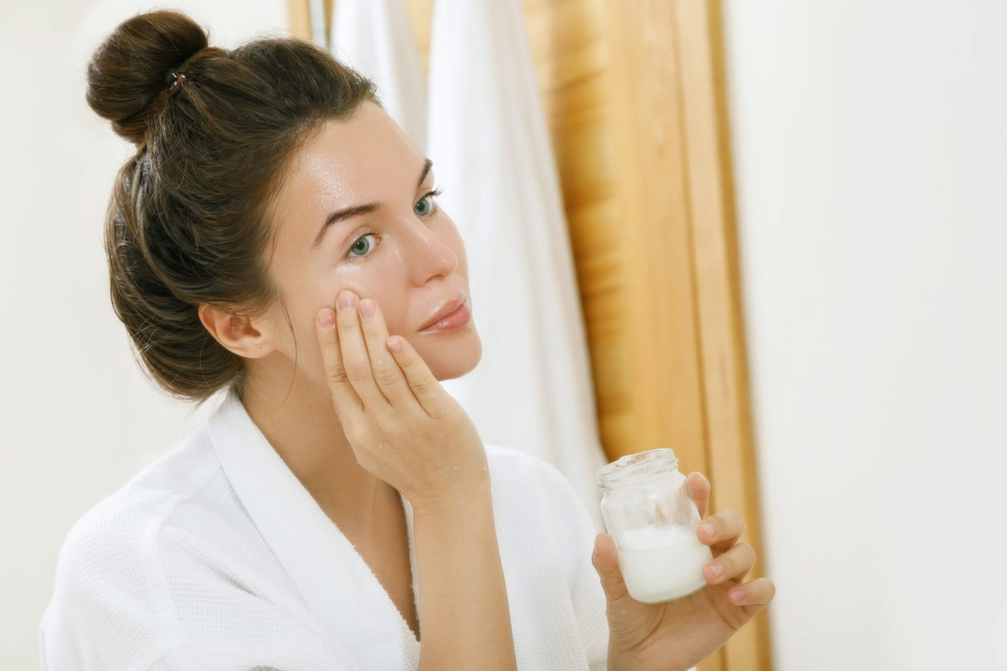 Use This Method on Your Face to Heal Dry Skin