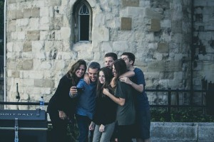 Sara Grillo - Happy Group Of Friends - How To Meet Rich People