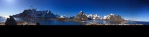 Blick_auf_Reinebringen_Lofoten_Norwegen