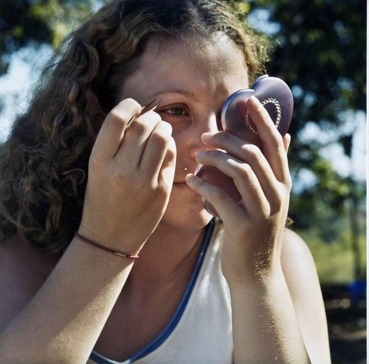Plucing Eyebrows - 2005 - 10 x 10 - Chromogenic Print