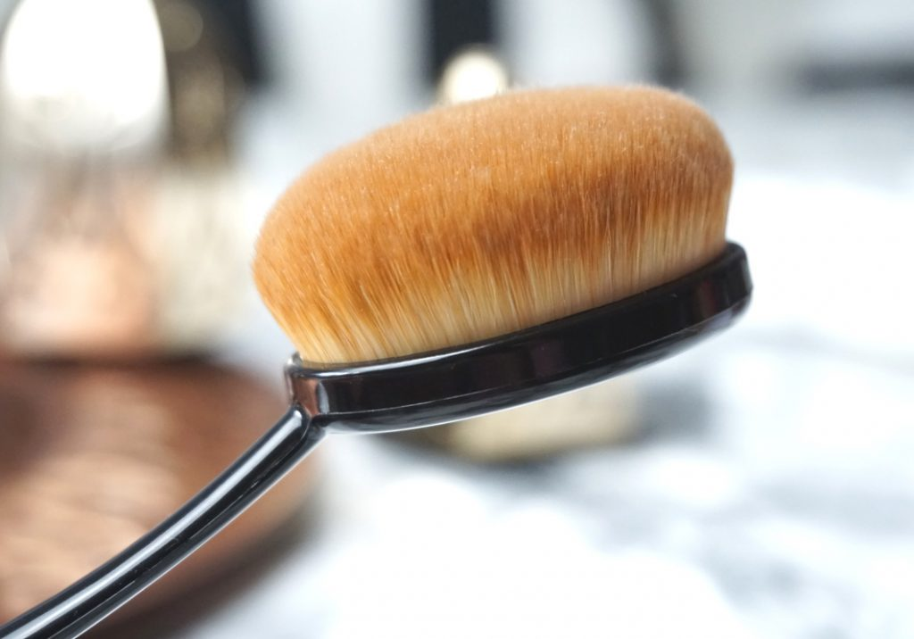 ARTDECO Oval Brush Large
