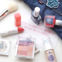 Hip Girls Wear Blue Jeans by essence // Review