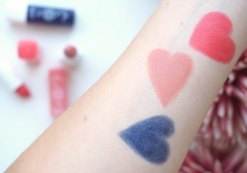 essence hip girls wear blue jeans Lipsticks