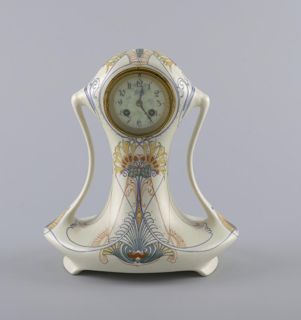 Clock. 1910.