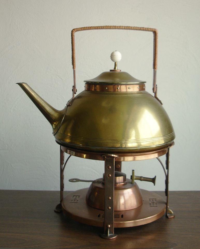 Tea kettle. ca. 1902-1904.