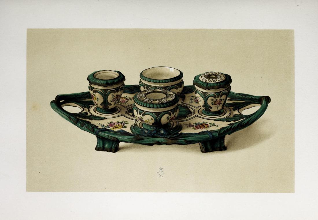 """""""Tasse and soucoupe, fond vert rubanne de carmin, en porcelain de Sèvres."""" 1758."""