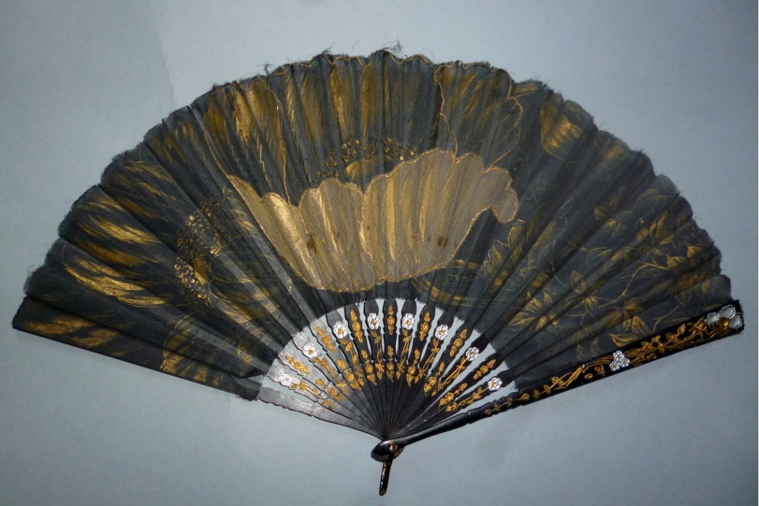 Fan with a motif of gold poppies. ca. 1905.