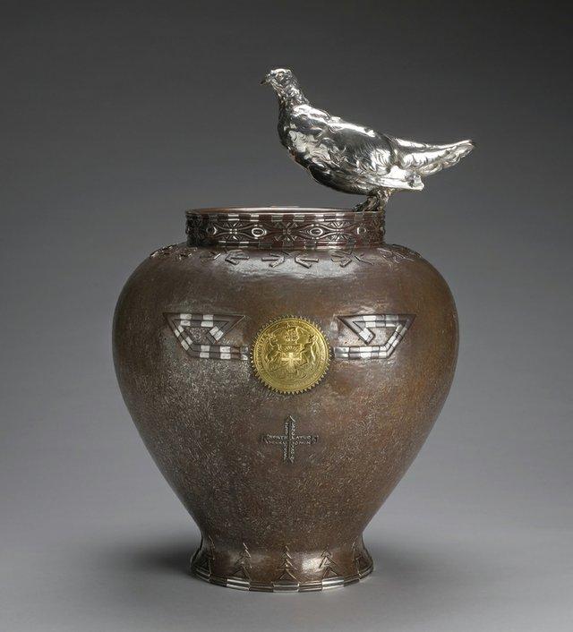 """""""Ptarmigan"""" vase. 1900-1905."""