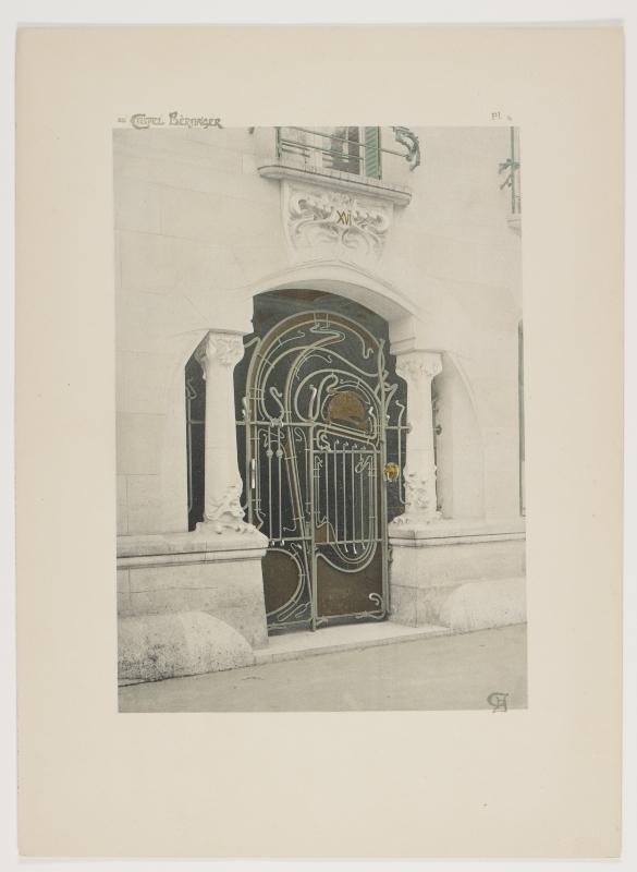 """Entree principale de I'immeuble."" Plate 4."