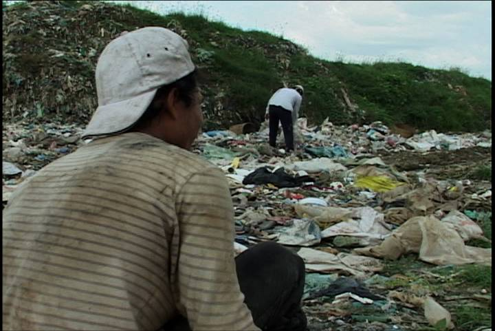 trash dump in Cambodia