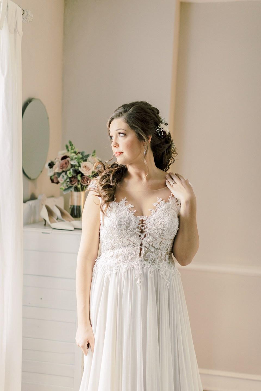 Winter Wedding at Riverdale Manor_0028