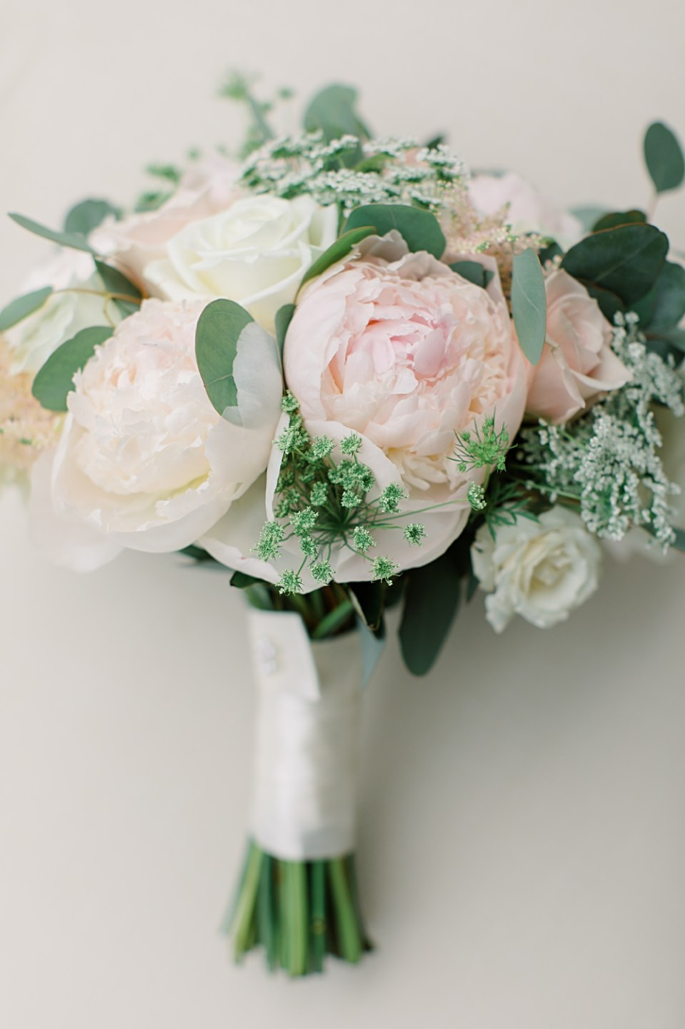 robertson's flowers bridal bouquet