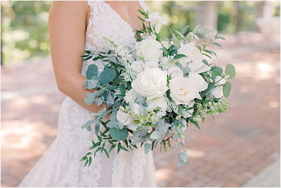 all white bridal boquet | bride and groom first look | Hotel Du Village Wedding