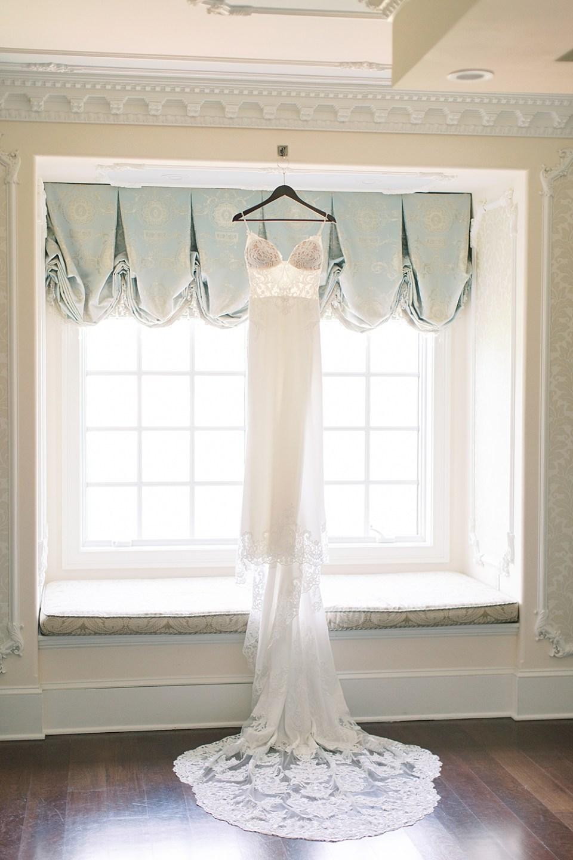Enzoani Wedding Gown | Ashford Estate Wedding Photography | Sarah Canning