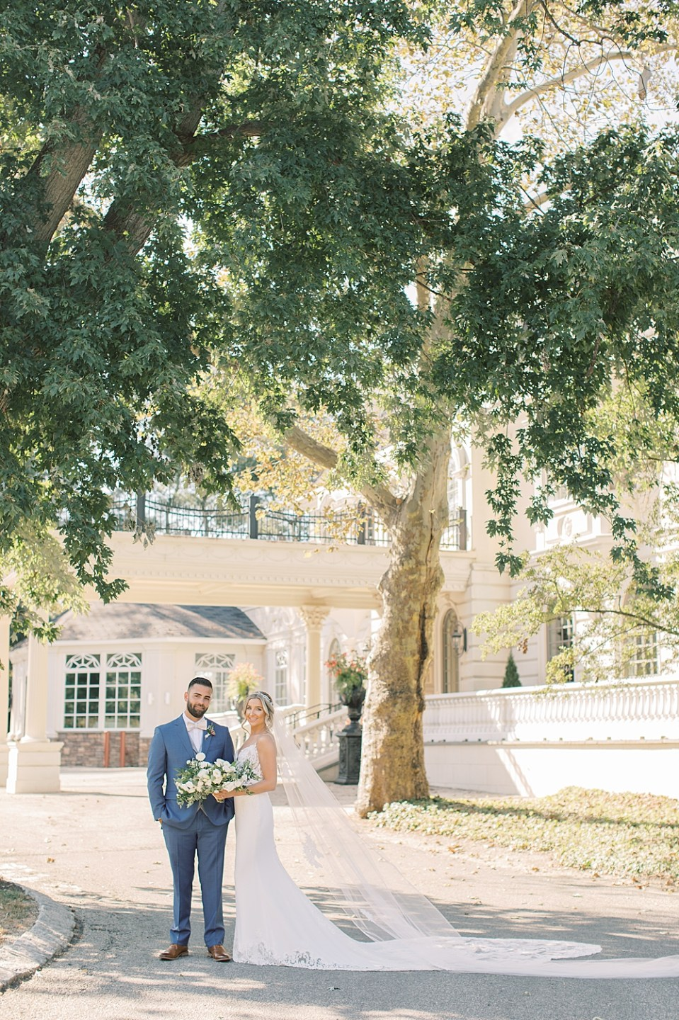 soft and romantic wedding portraits | ashford estate wedding photography | sarah canning photography