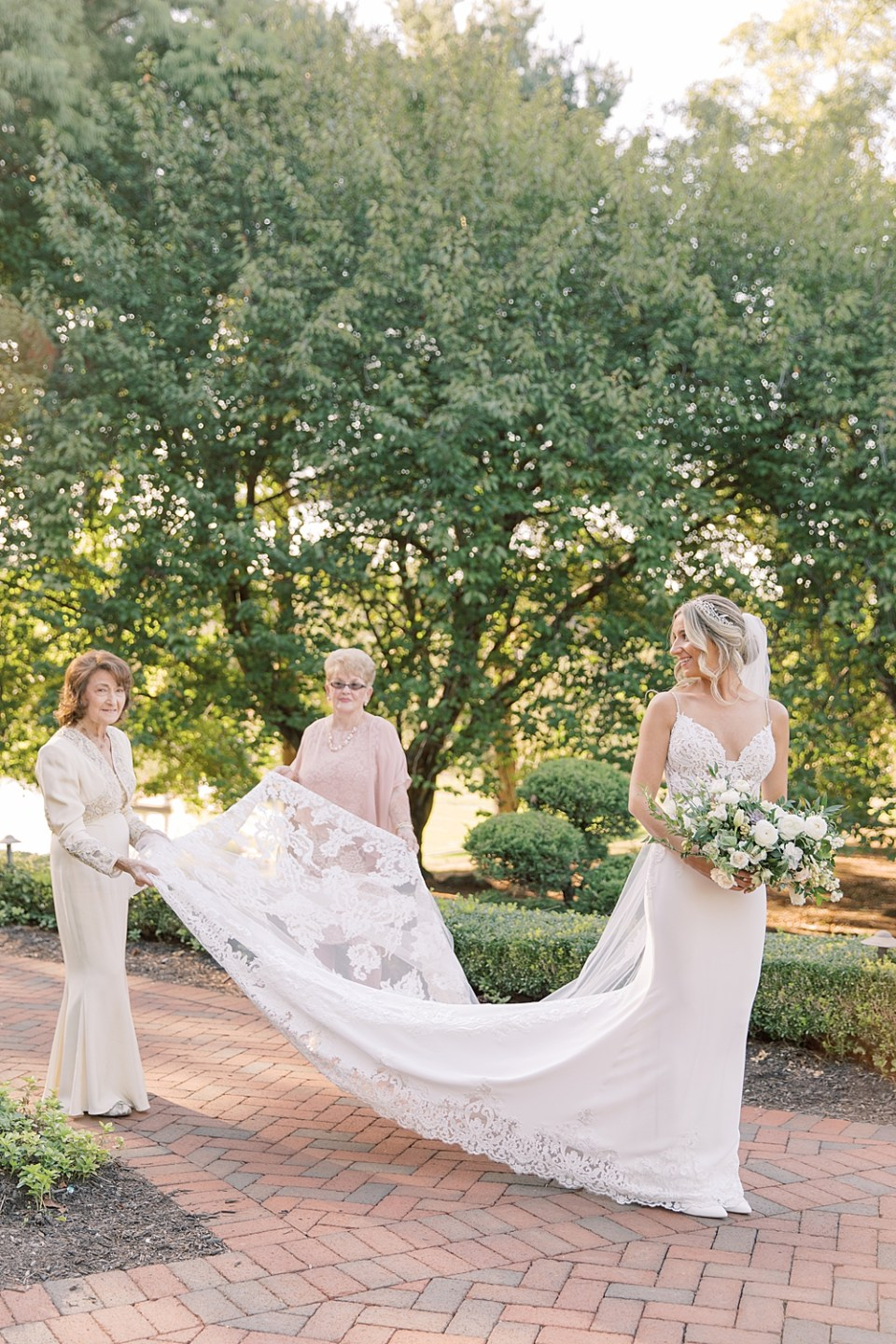Bride's grandmother's helping her get ready | ashford estate wedding | sarah canning photography