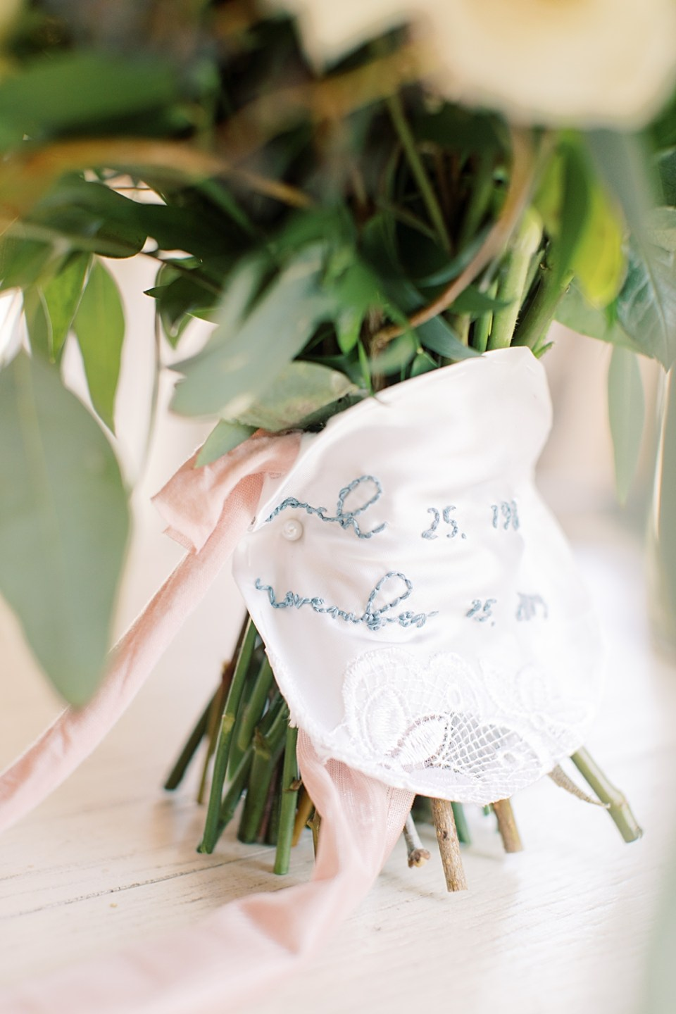 piece of mom's wedding dress | wedding day details | new jersey wedding photographer sarah canning