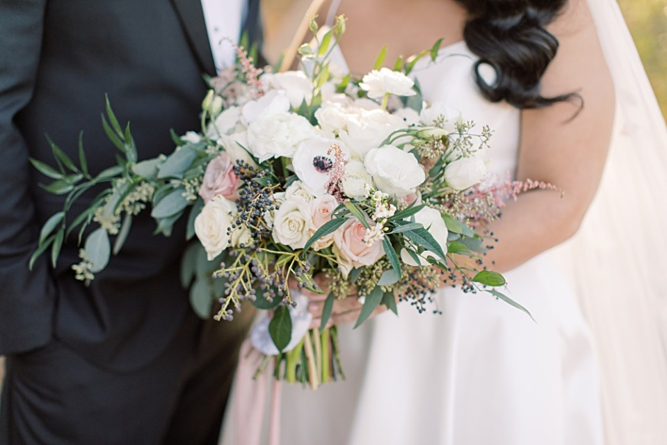 from peonies to pain ships neutral bridal bouquet | sarah canning photography