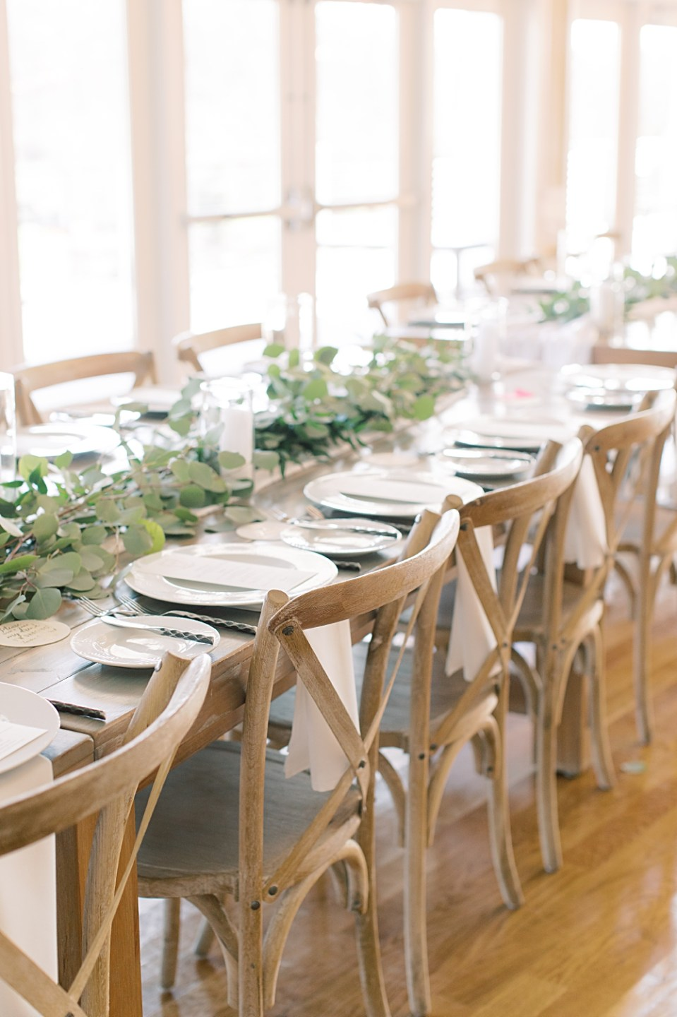 farm table wedding decor | new jersey wedding photographer sarah canning