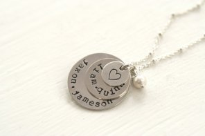 https://www.etsy.com/listing/192101054/4-kids-name-necklace-four-name-necklace?ref=shop_home_active_14